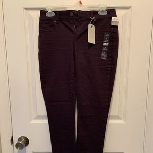 Jegging (small/regular). NWT.